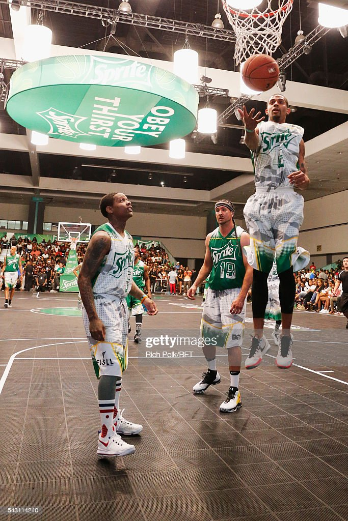 Celebrities participate in the slam dunk contest during the 2016 BET Experience on June 25, 2016 in Los Angeles, California.