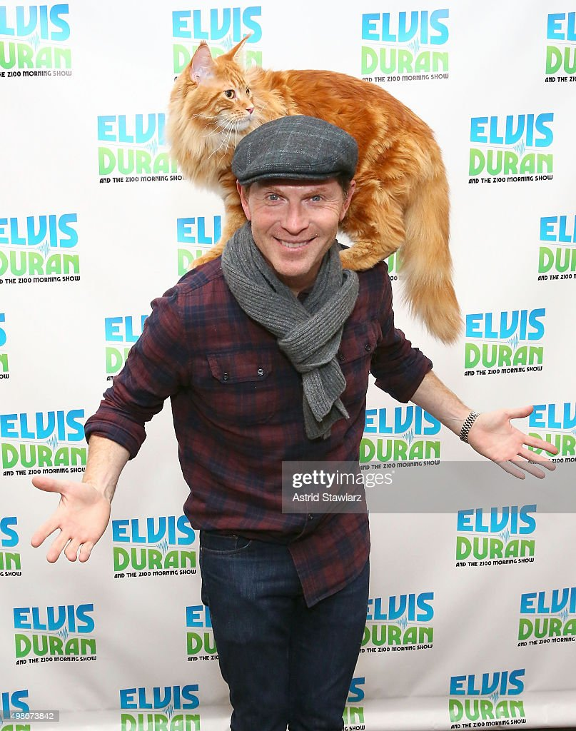 Celebrity chef <a gi-track='captionPersonalityLinkClicked' href=/galleries/search?phrase=Bobby+Flay&family=editorial&specificpeople=220554 ng-click='$event.stopPropagation()'>Bobby Flay</a> and his cat Nacho Flay visit 'The Elvis Duran Z100 Morning Show' at Z100 Studio on November 23, 2015 in New York City.