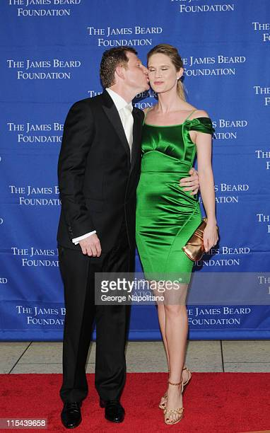 Celebrity Chef Bobby Flay with wife actress Stephanie March attend the 2008 James Beard Foundation Awards on June 8 2008 at Avery Fisher Hall in New...