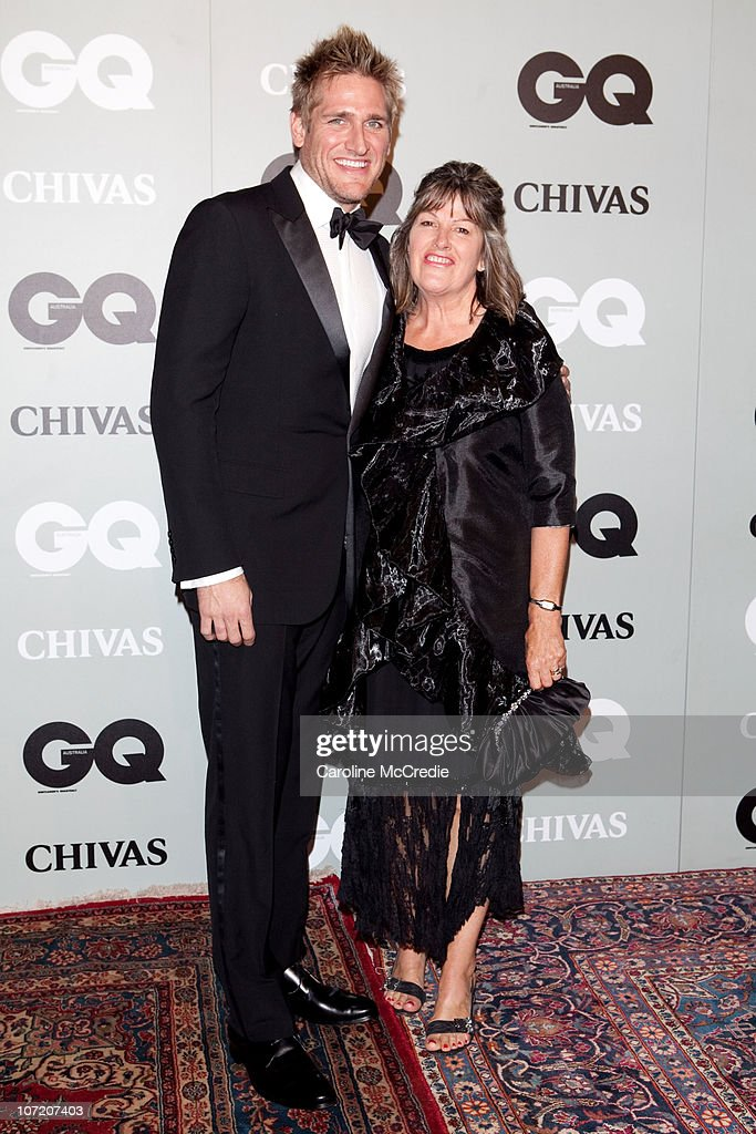 Celebrity Chef <a gi-track='captionPersonalityLinkClicked' href=/galleries/search?phrase=Curtis+Stone&family=editorial&specificpeople=215291 ng-click='$event.stopPropagation()'>Curtis Stone</a> and mother Lorraine Coles arrive at the 2010 GQ Men of The Year Awards at the Sydney Opera House on November 30, 2010 in Sydney, Australia.