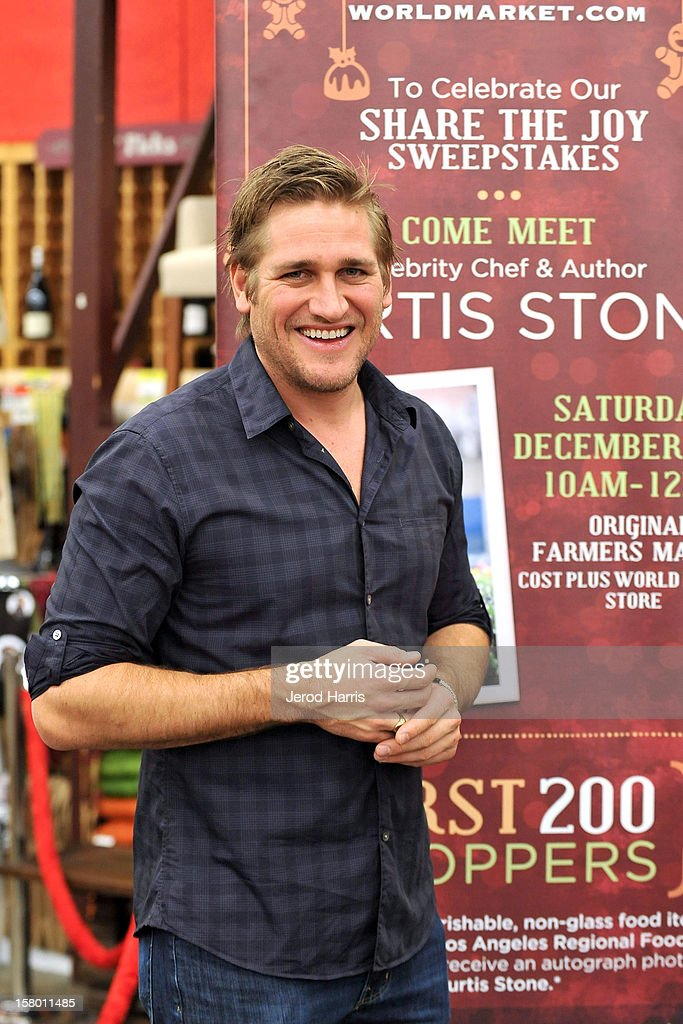 Celebrity Chef <a gi-track='captionPersonalityLinkClicked' href=/galleries/search?phrase=Curtis+Stone&family=editorial&specificpeople=215291 ng-click='$event.stopPropagation()'>Curtis Stone</a> attends Cost Plus World Market's Share the Joy event at Cost Plus World Market on December 8, 2012 in Los Angeles, United States.