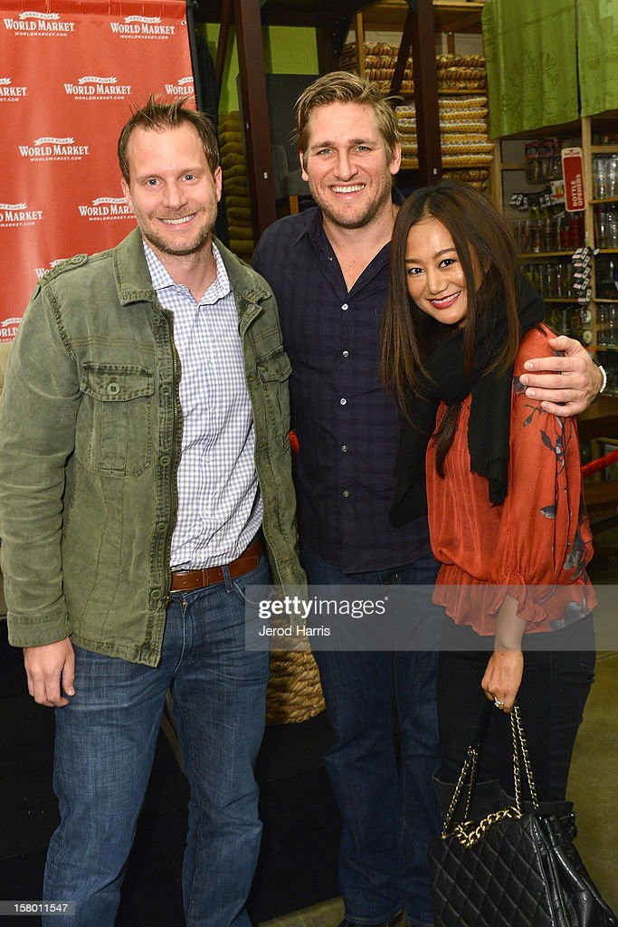 Celebrity Chef <a gi-track='captionPersonalityLinkClicked' href=/galleries/search?phrase=Curtis+Stone&family=editorial&specificpeople=215291 ng-click='$event.stopPropagation()'>Curtis Stone</a> poses with fans at Cost Plus World Market's Share the Joy event at Cost Plus World Market on December 8, 2012 in Los Angeles, United States.