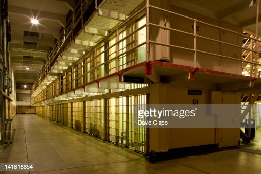a history of the alcatraz island fort and prison in the united states of america Alcatraz prison history fact 4: in 1848 california became part of the united states at the end of the mexican-american war - americans continued the old legends of the island due to its cold isolation and eerie atmosphere.