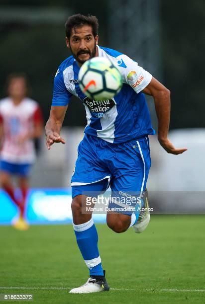 Celso Borges of Deportivo de La Coruna runs with the ball during the preseason friendly match between Cerceda and Deportivo de La Coruna at O Roxo...