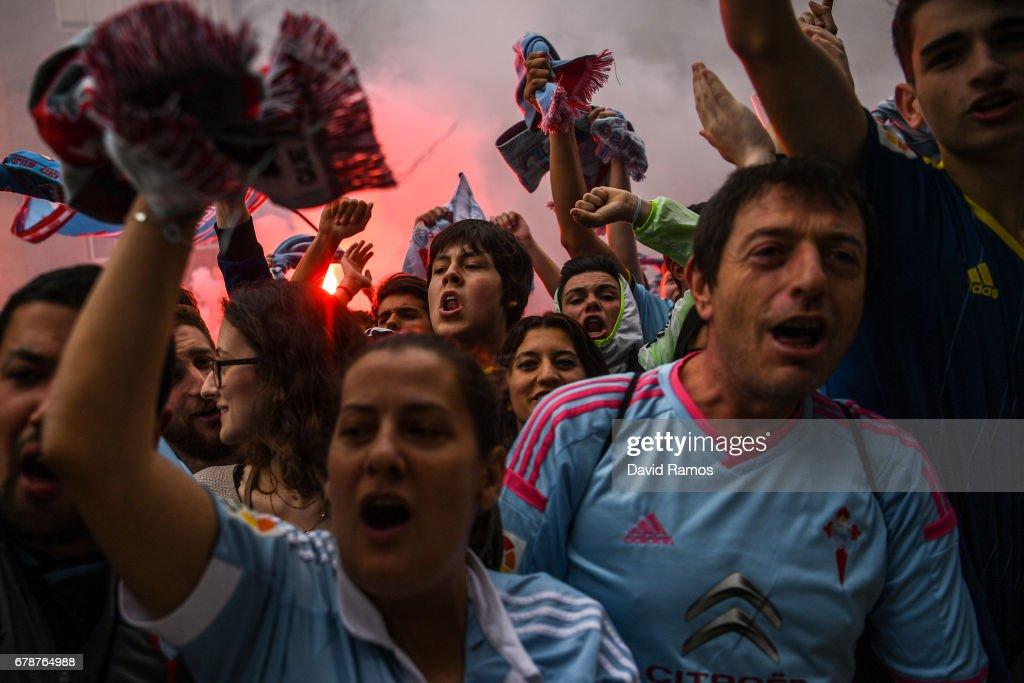 Celta Vigo fans await their team's arrival prior to kickoff during the UEFA Europa League, semi final first leg match, between Celta Vigo and Manchester United at Estadio Balaidos on May 4, 2017 in Vigo, Spain.