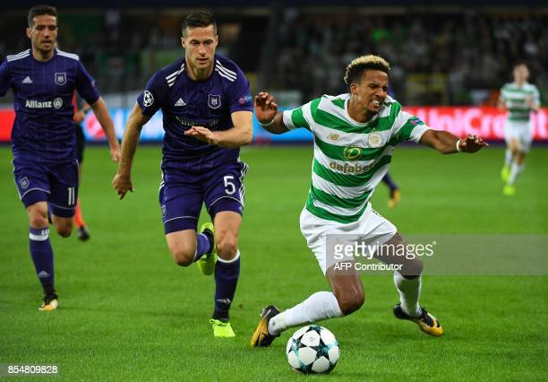 Celtic FC's Scott Sinclair fights for the ball with RSC Anderlecht's Uros Spajic during the UEFA Champions League Group B football match Anderlecht...