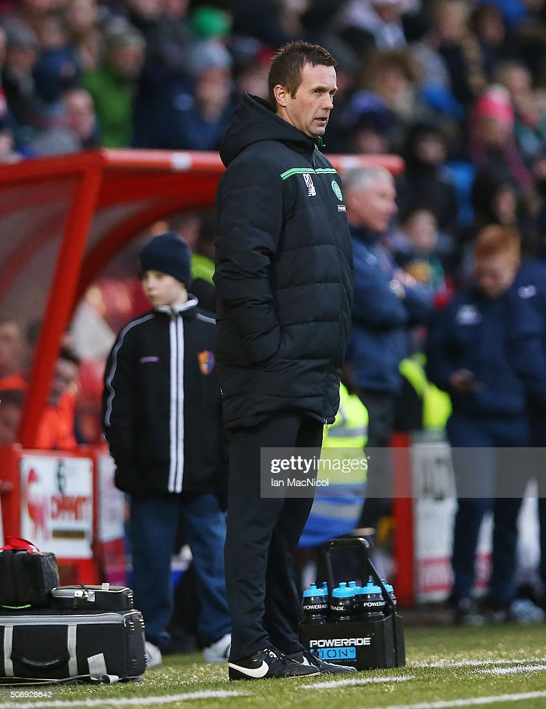 Celtic manager <a gi-track='captionPersonalityLinkClicked' href=/galleries/search?phrase=Ronny+Deila&family=editorial&specificpeople=8016162 ng-click='$event.stopPropagation()'>Ronny Deila</a> looks on during the William Hill Scottish Cup Fifth Round match between East Kilbride and Celtic at Excelsior Stadium on February 7, 2016 in Airdrie, Scotland.