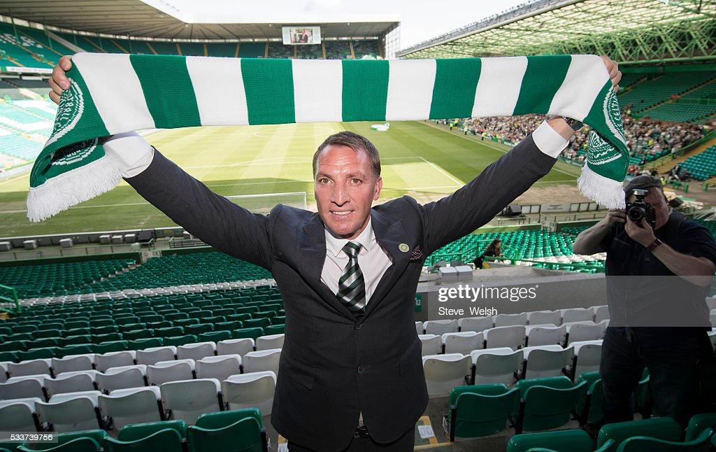 Celtic unveil their new Manager, <a gi-track='captionPersonalityLinkClicked' href=/galleries/search?phrase=Brendan+Rodgers+-+Gerente+de+f%C3%BAtbol&family=editorial&specificpeople=5446684 ng-click='$event.stopPropagation()'>Brendan Rodgers</a> at Celtic Park Glasgow on May 23, 2016 in Glasgow, Scotland.