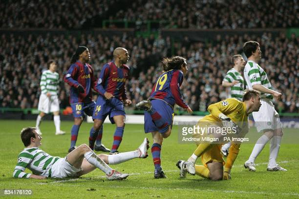 Celtic's Lee Naylor and goalkeeper Artur Boruc look on as Barcelona's Lionel Messi scores the equalising goal