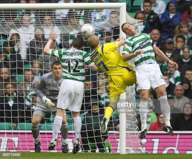 Celtic's Mark Wilson and John Kennedy try to block Kilmarnock's Steven Naismith during the Clydesdale Bank Premier League match at Celtic Park Glasgow