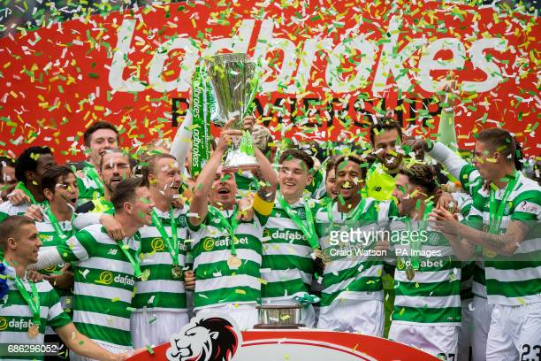 Celtic's Scott Brown lifts the trophy during the Ladbrokes Scottish Premiership match at Celtic Park Glasgow