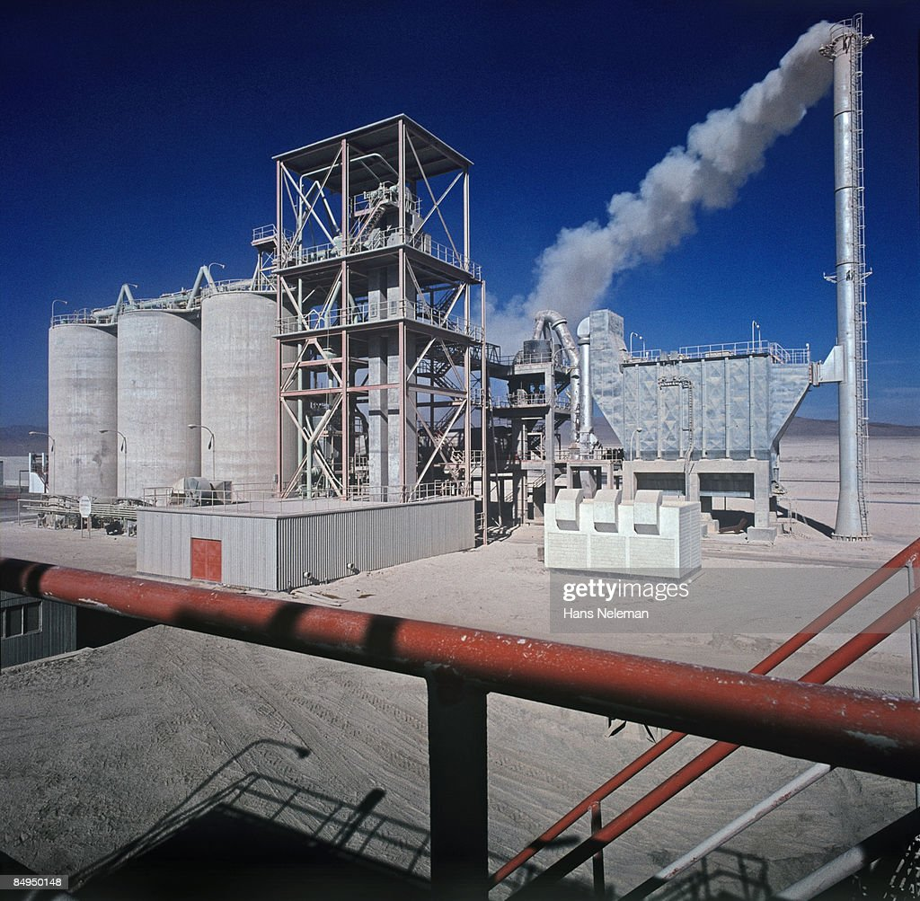 Idaho Cement Plants : Cement plant inacesa stock photo getty images