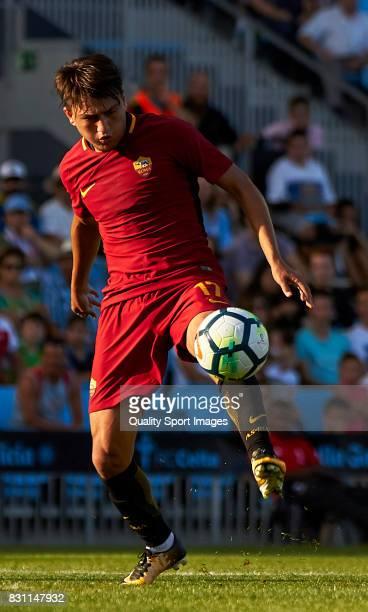 Cengiz Under of AS Roma in action during the preseason friendly match between Celta de Vigo and AS Roma at Balaidos Stadium on August 13 2017 in Vigo...