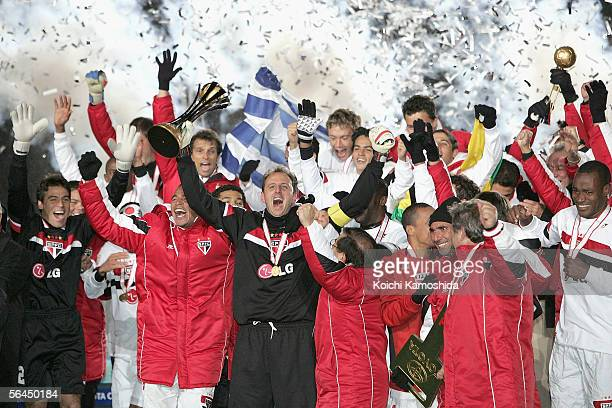 Ceni Rogerio the Sao Paulo captain celebrates their victory after playing at the FIFA Club World Championship Toyota Cup 2005 final between Sao Paulo...