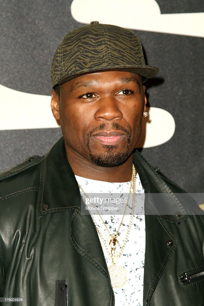 <a gi-track='captionPersonalityLinkClicked' href=/galleries/search?phrase=50+Cent+-+Rapper&family=editorial&specificpeople=215363 ng-click='$event.stopPropagation()'>50 Cent</a> attends '2 Guns' New York Premiere at SVA Theater on July 29, 2013 in New York City.
