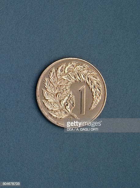 1 cent coin obverse with a fern leaf New Zealand 20th century