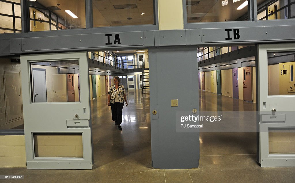 ... The Centennial Correctional Facility located in east Canon City a new high security prison in Canon City is preparing to open its doors to problem ... & CENTENNIAL02--Warden Susan Jones walks through The Centennial ... pezcame.com