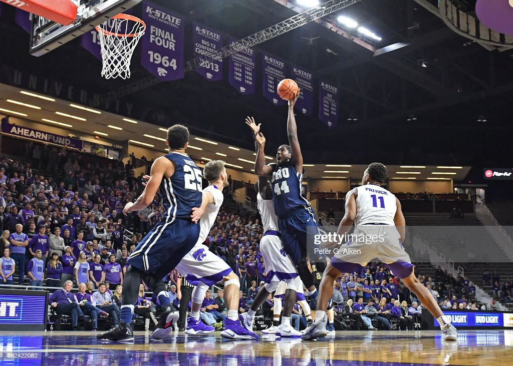 Center Albert Owens #44 of the Oral Roberts Golden Eagles drives the lane and scores a basket against the Kansas State Wildcats during the first half on November 29, 2017 at Bramlage Coliseum in Manhattan, Kansas.