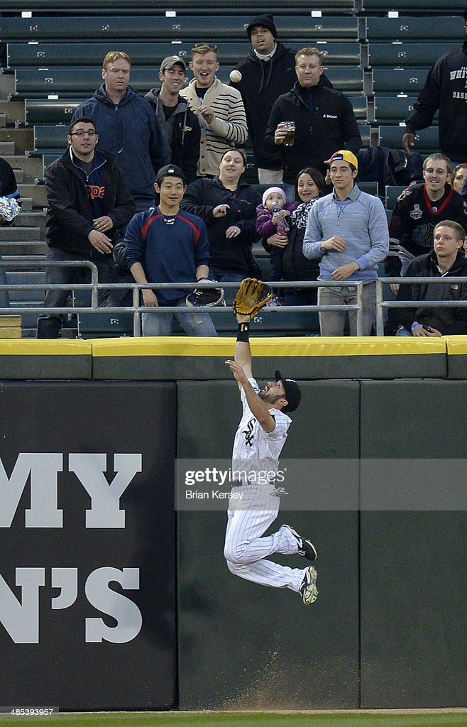 Center fielder <a gi-track='captionPersonalityLinkClicked' href=/galleries/search?phrase=Adam+Eaton&family=editorial&specificpeople=210898 ng-click='$event.stopPropagation()'>Adam Eaton</a> #1 of the Chicago White Sox robs David Ortiz #34 of the Boston Red Sox of a home run during the first inning at U.S. Cellular Field on April 17, 2014 in Chicago, Illinois.