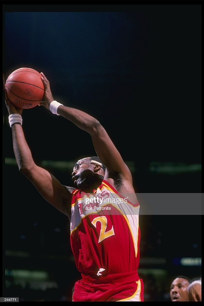 Center <a gi-track='captionPersonalityLinkClicked' href=/galleries/search?phrase=Moses+Malone&family=editorial&specificpeople=213188 ng-click='$event.stopPropagation()'>Moses Malone</a> of the Atlanta Hawks jumps to the basket during a game.