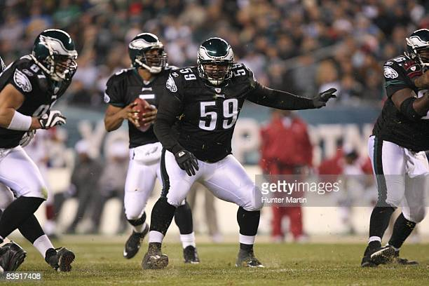 Center Nick Cole of the Philadelphia Eagles pass blocks during a game against the Arizona Cardinals on November 27 2008 at Lincoln Financial Field in...