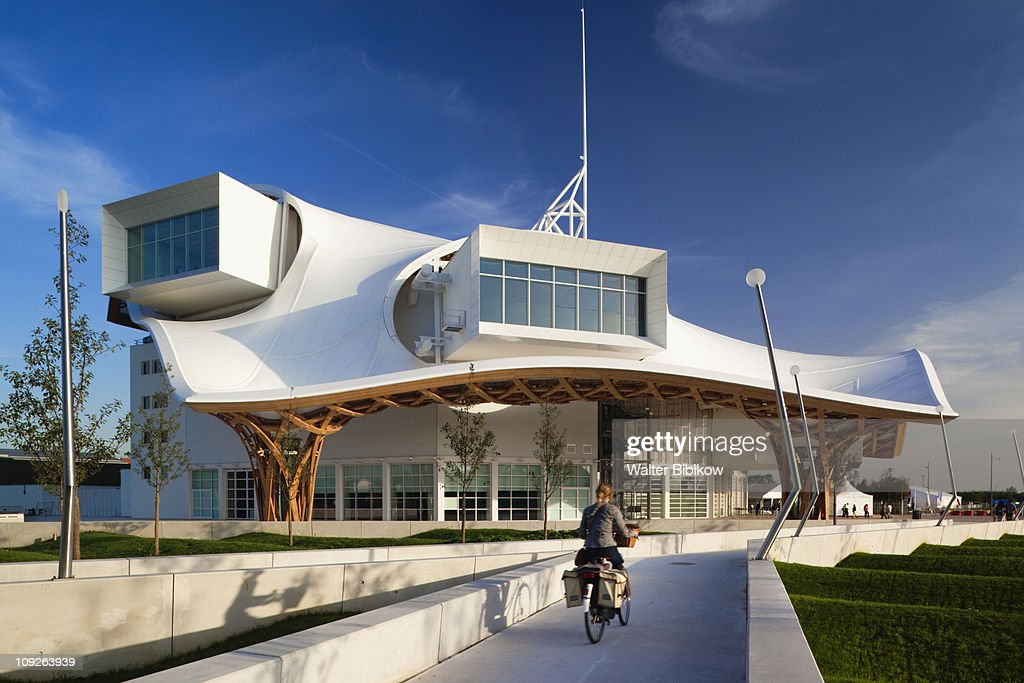 Center Pompidou-Metz, arts center