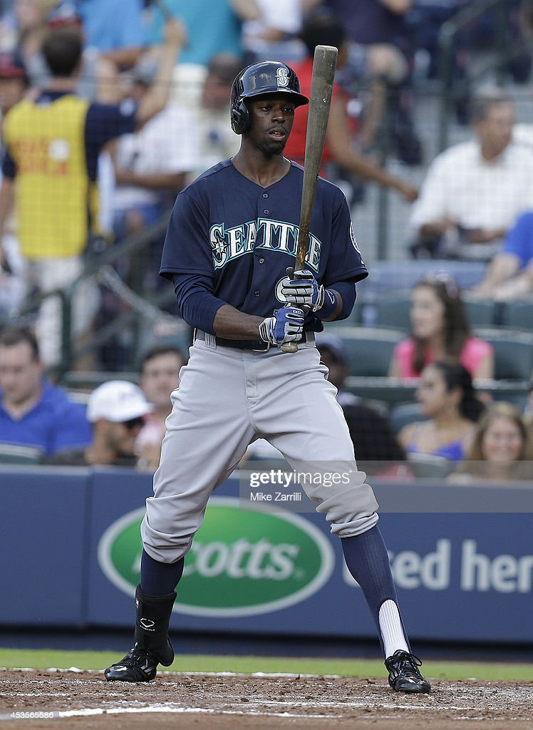 Centerfielder James Jones of the Seattle Mariners gets set in the batter's box during the game against the Atlanta Braves at Turner Field on June 3...