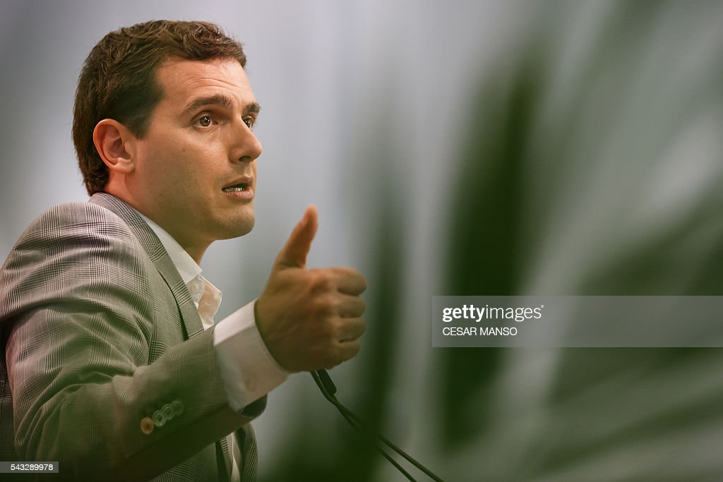 Center-right party Ciudadanos leader, Albert Rivera gestures during a press conference during the the national executive meeting in Madrid, on June 27, 2016. Spain hoped on June 27 that repeat weekend elections would unblock the country's political paralysis after the conservatives came out strengthened with more seats, although they still face resistance from hostile rivals. / AFP / CESAR