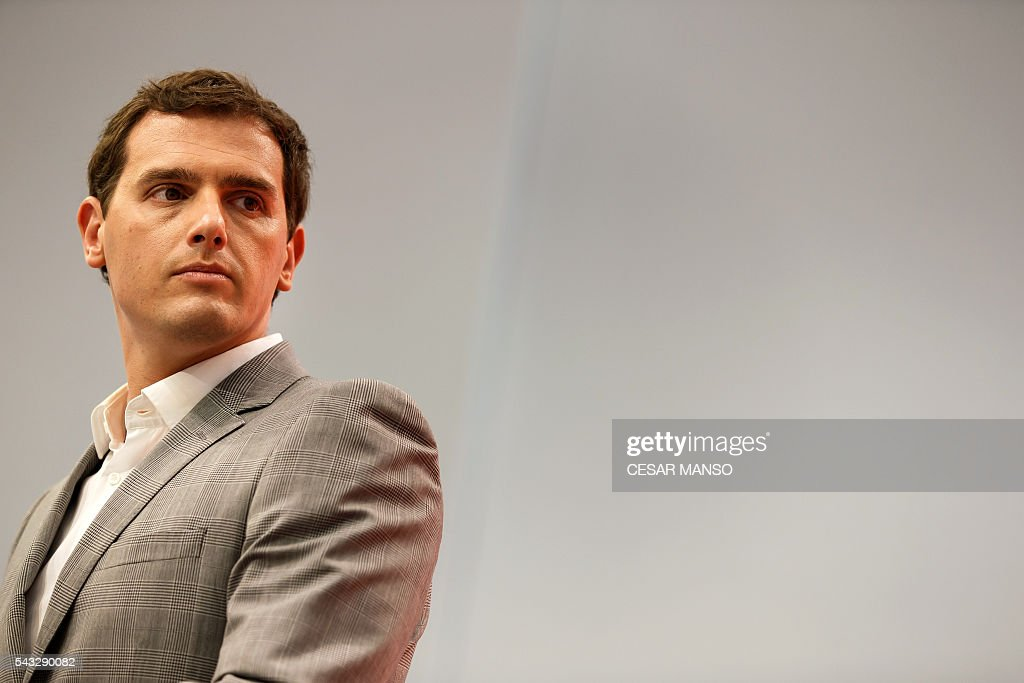 Center-right party Ciudadanos leader, Albert Rivera looks on during a press conference during the the national executive meeting in Madrid, on June 27, 2016. Spain hoped on June 27 that repeat weekend elections would unblock the country's political paralysis after the conservatives came out strengthened with more seats, although they still face resistance from hostile rivals. / AFP / CESAR
