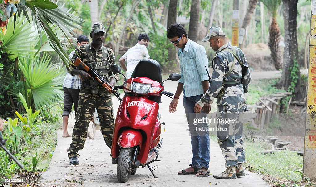 Central Armed Forces checking vehicles in a village on the eve of elections on May 4, 2016 in Nandigram, India. It was police firing in Nandigram that propelled Mamata Banerjee to power in 2011, removing the CPM from power in a state it ruled for 35 years.