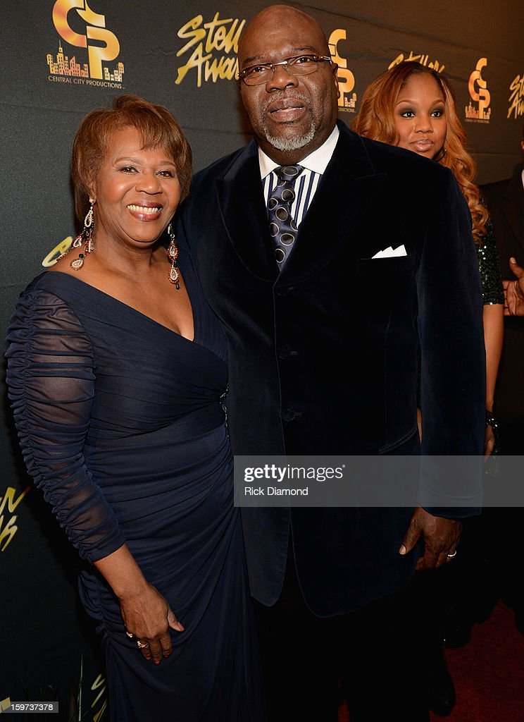 Central City Productions COO Erma Davis and Bishop T.D. Jakes arrive at the 28th Annual Stellar Awards at Grand Ole Opry House on January 19, 2013 in Nashville, Tennessee.