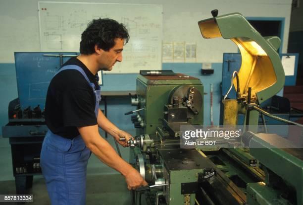 Centre de formation d'apprentis a Nantes ici salarie d'entreprise en formation continue le 16 septembre 1994 a Nantes France