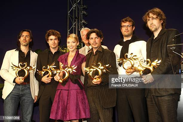 Ceremony of the Golden Swann at the 22th Cabourg Film Festival in Cabourg France on June 14th 2008 The winners with the Golden Swann Emmanuel Mouret...