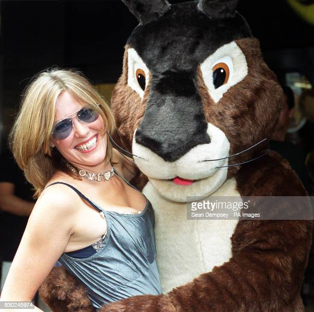 Cerys Matthews singer with Welsh pop band Catatonia poses with a giant rabbit at the New London Theatre Dury Lane in London for the launch of ITV...