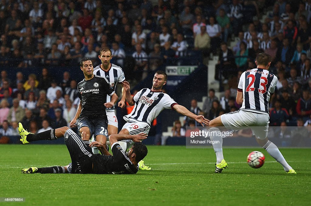 Cesar Azpilicueta of Chelsea scores his team's third goal during the Barclays Premier League match between West Bromwich Albion and Chelsea at The Hawthorns on August 23, 2015 in West Bromwich, England.