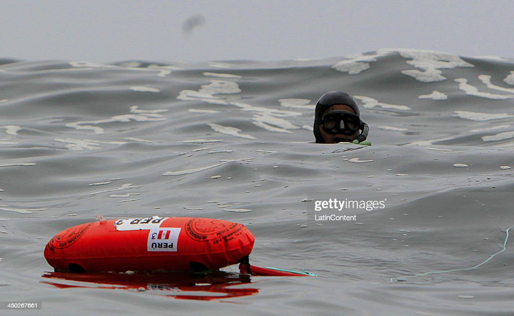 Cesar Cuya Rodriguez of Peru during the opening day of Underwater Fishing as part of the XVII Bolivarian Games Trujillo 2013 at Isla San Lorenzo on November 17, 2013 in Lima, Peru.