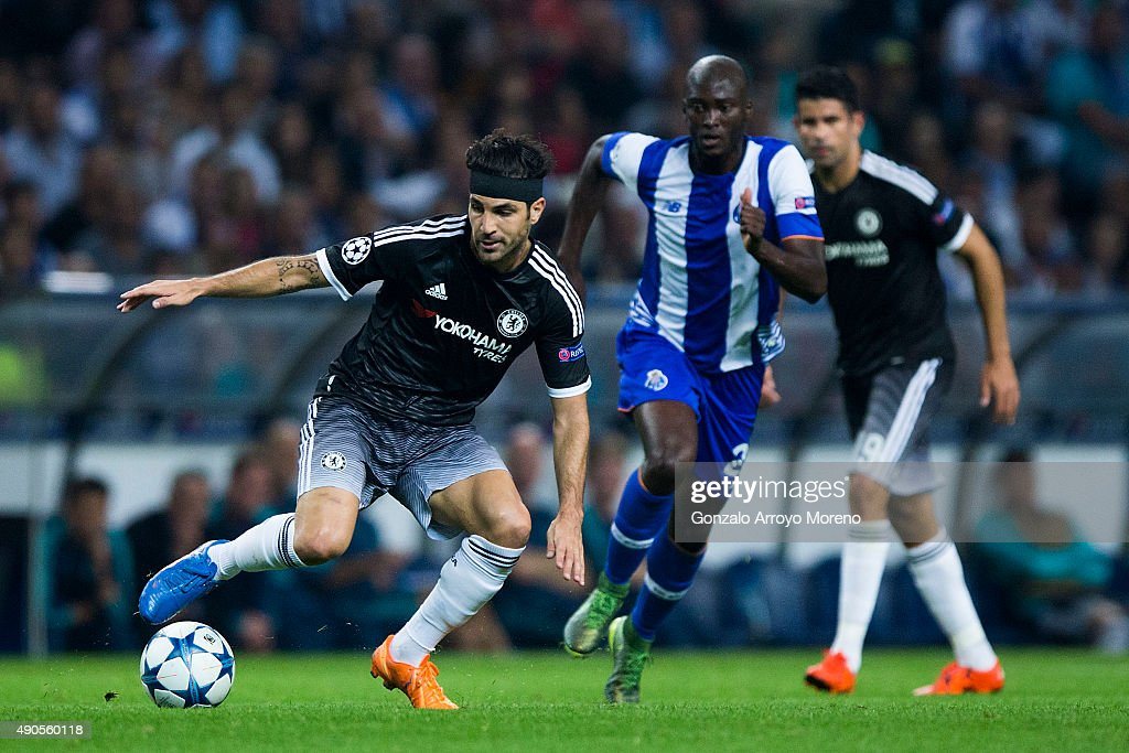 Cesc Fabregas of Chelsea FC strikes the ball during the UEFA Champions League Group G match between FC Porto and Chelsea FC at Estadio do Dragao on...