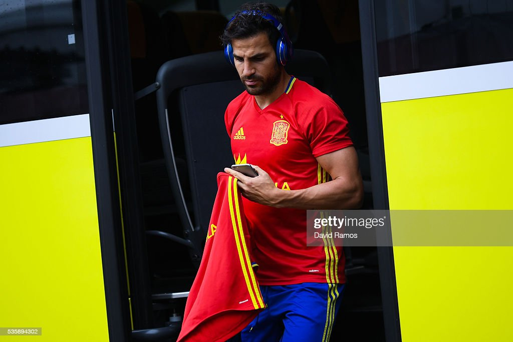Cesc Fabregas of Spain arrives for a training session on May 30, 2016 in Schruns, Austria.