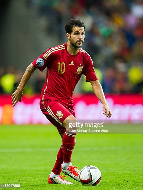 Cesc Fabregas	of spain controls the ball during the Spain v Slovakia EURO 2016 Qualifier at Carlos Tartiere on Sep 5 2015 in Oviedo Spain