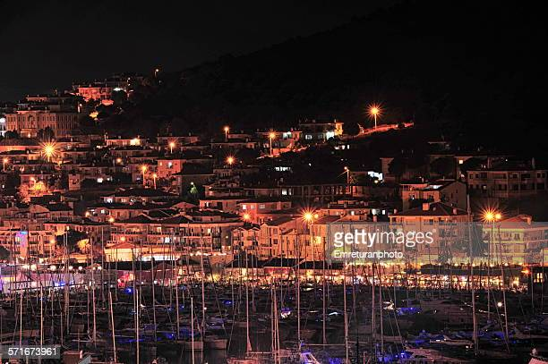 cesme marina & houses ar night