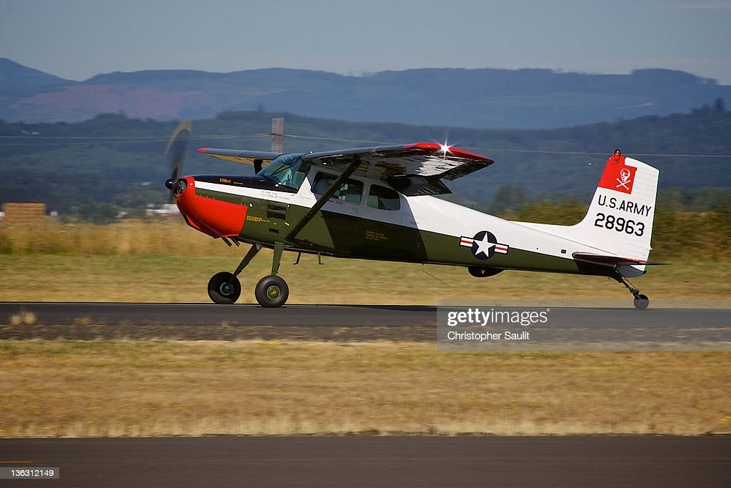 Cessna 172 tailwheel conversion just after landing at Independence Oregon
