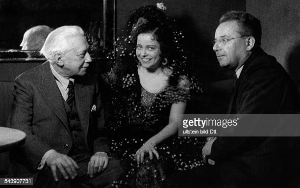 Cetobari Maria Singer Romania*In her costume from the opera Donna Diana with the coposer emil Nikolaus von Reznicek and Dr Julius Kapp Photographer...