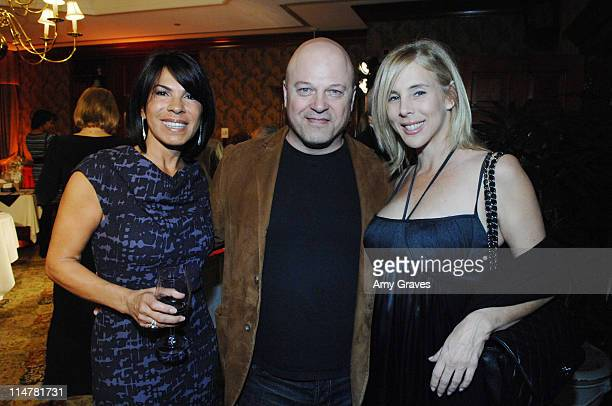 Cha Cha Weinstein Michael Chiklis and Michelle Chiklis at Style For Smiles at the Regency Club on February 8 2009 in Westwood California