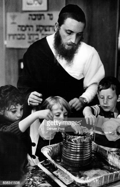 Chabad House 1st Graders Learning About Hanukkan Making Candle Wicks L To R Shira Trugman Age 6Chana Fei Yehuda Nu S S Baum Age 6 And Rabbi Engel...