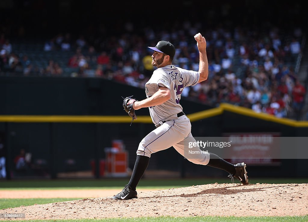 Chad Bettis #35 of the Colorado Rockies delivers a fourth inning pitch against the Arizona Diamondbacks at Chase Field on May 01, 2016 in Phoenix, Arizona.