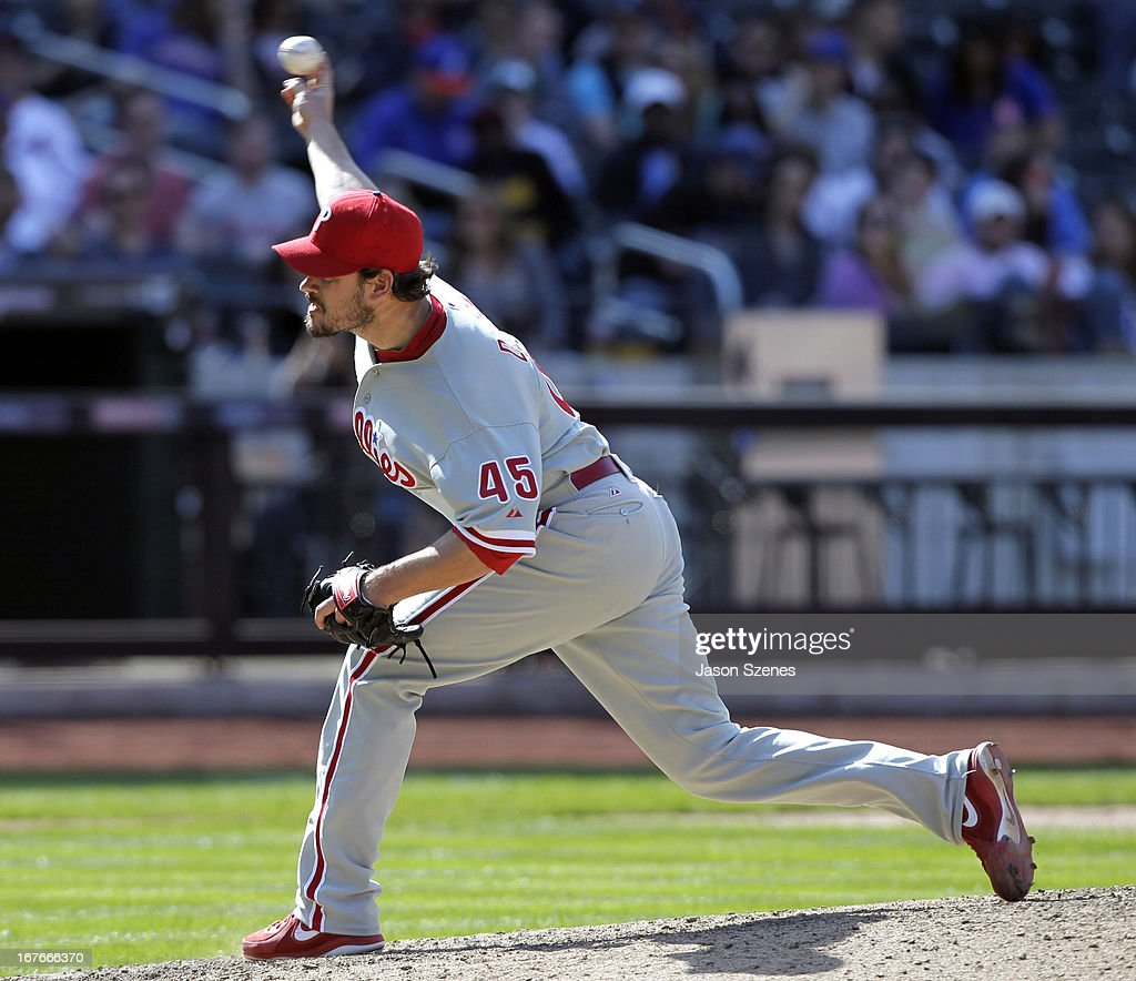 <a gi-track='captionPersonalityLinkClicked' href=/galleries/search?phrase=Chad+Durbin&family=editorial&specificpeople=834332 ng-click='$event.stopPropagation()'>Chad Durbin</a> #45 of the Philadelphia Phillies pitches against the New York Mets at Citi Field on April 27, 2013 in the Flushing neighborhood of the Queens borough of New York City. (Photo by Jason Szenes/Getty Images
