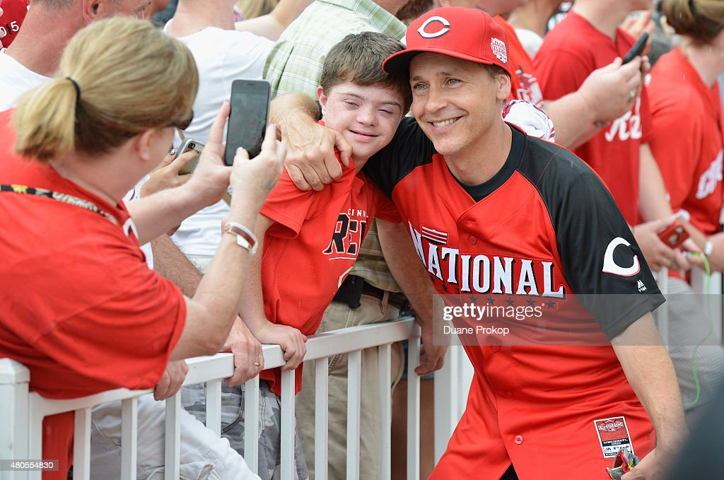 Chad Lowe poses for photos with fans during the 2015 MLB All-Star Legends And Celebrity Softball Game at Great American Ball Park on July 12, 2015 in Cincinnati, Ohio.
