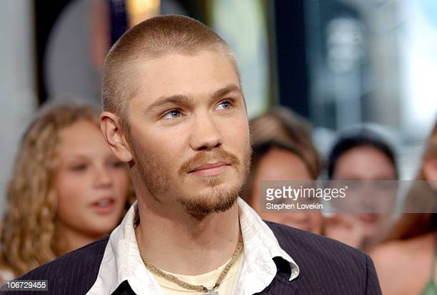 Chad Michael Murray during Hilary Duff Chad Michael Murray and Sophia Bush Visit MTV's 'TRL' July 15 2004 at MTV Studios in New York City New York...