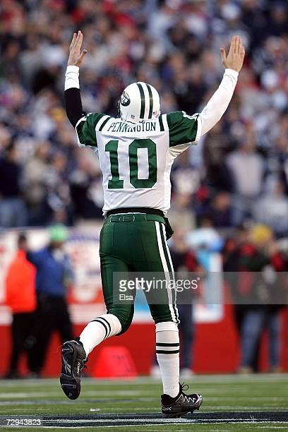 Chad Pennington of the New York Jets celebrates a 77 yard touchdown against the New England Patriots during the AFC Wild Card Playoff Game at...