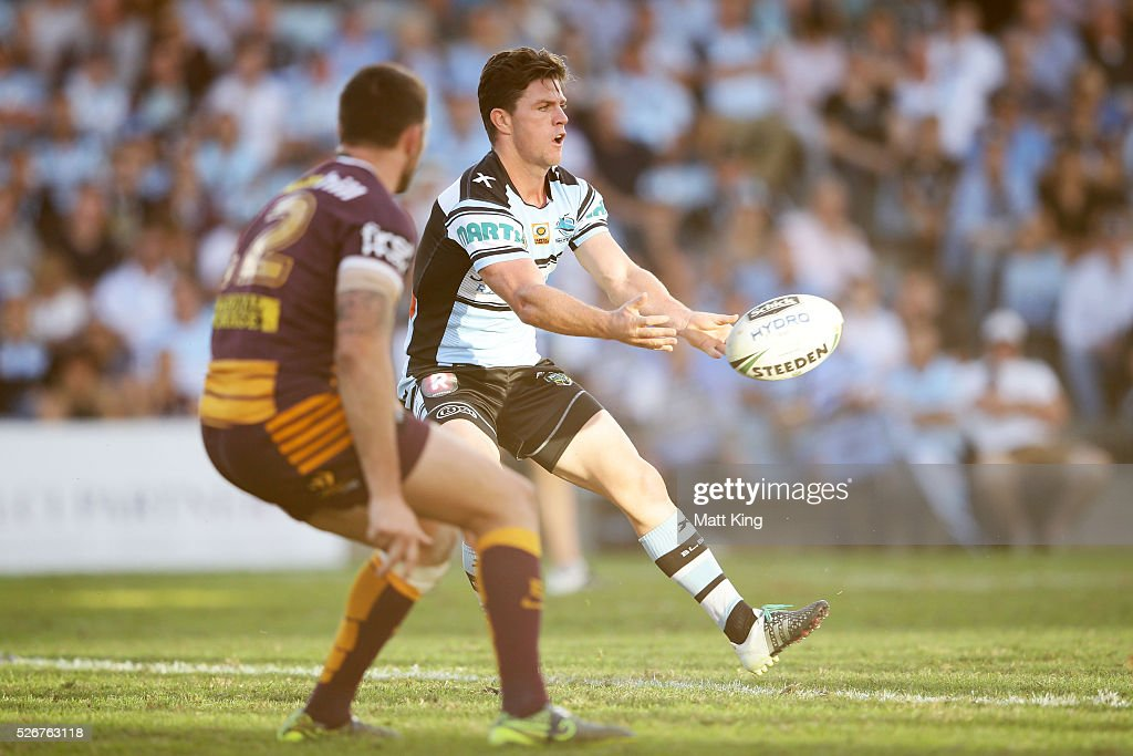 Chad Townsend of the Sharks passes during the round nine NRL match between the Cronulla Sharks and the Brisbane Broncos at Southern Cross Group Stadium on May 1, 2016 in Sydney, Australia.